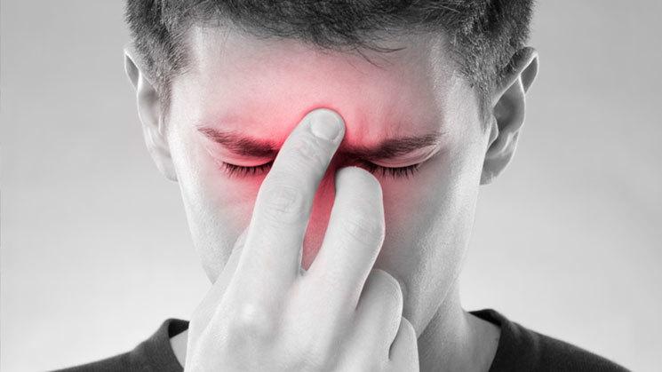 علت درد در پشت چشمها چیست؟
