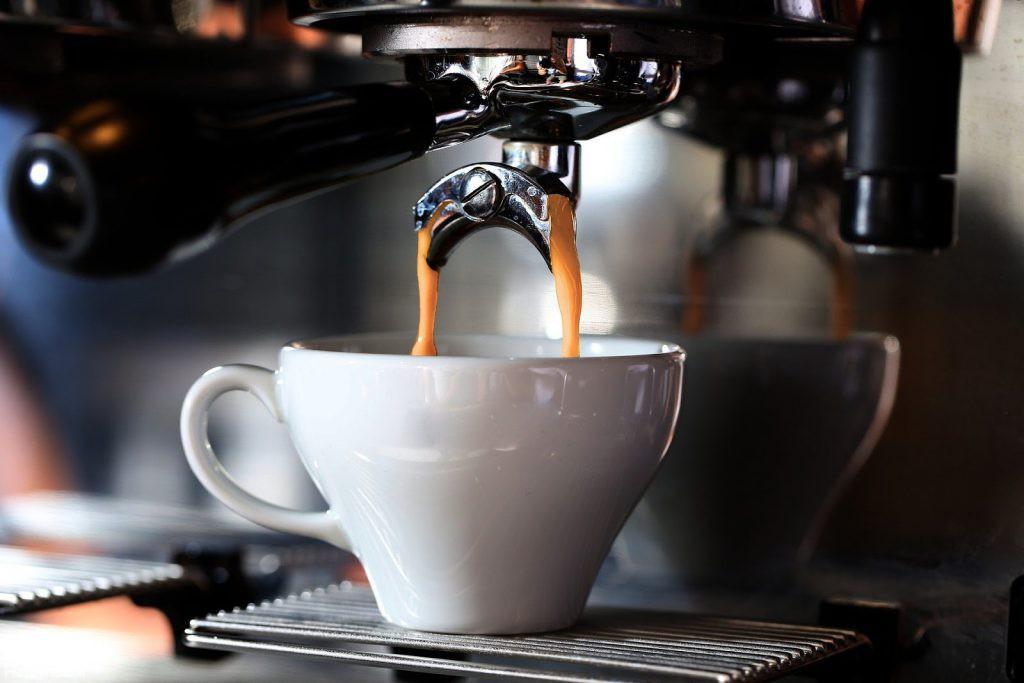 قهوه ی بدون کافئین (decaf) چیست؟